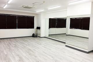 川崎ダンススタジオ 店内