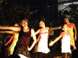 ダンスチーム ベティーズオレンジ 写真2